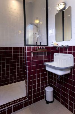 克萊蒙特費朗火山飯店 - 克萊蒙費朗 - 浴室