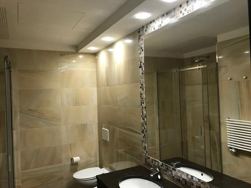 Hotel Guerro - Castelvetro di Modena - Bathroom