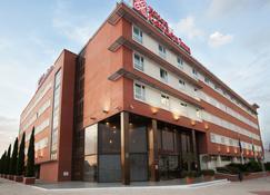 Hilton Garden Inn Malaga - Málaga - Building