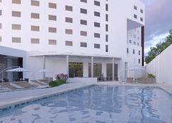 Hs Hotsson Hotel Silao - Silao - Rakennus