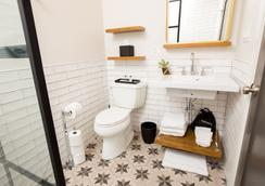 The Wicker Park Inn - Chicago - Bathroom