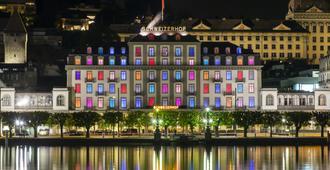 Hotel Schweizerhof Luzern - Lucerne - Building