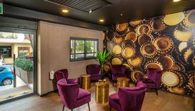Beer Garden Hotel - Tel Aviv - Lounge