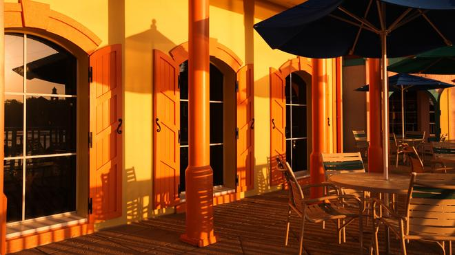 迪士尼加勒比海海灘度假酒店 - 萊克布埃納維斯塔 - 博偉湖 - 天井