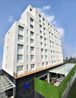 Fairfield by Marriott Kathmandu - Kathmandu - Building