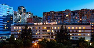 Arcadia Hotel - אודסה