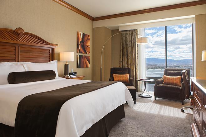 Atlantis Casino Resort Spa - Reno - Bedroom