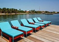 Pelican Reef Villas Resort - San Pedro Town - Outdoors view