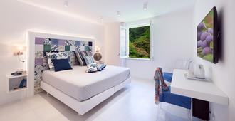Hotel Amalfi - אמלפי - חדר שינה
