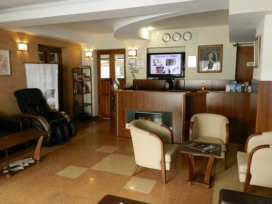 Hotel Niky - Sofia - Front desk