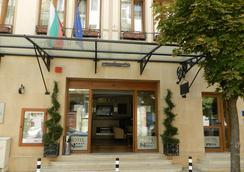 Hotel Niky - Sofia - Building