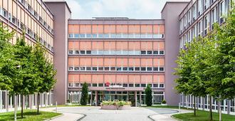 Azimut Hotel Munich - Munich - Bâtiment