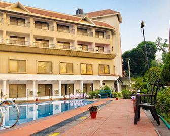 Vits Kamats Resort - Silvassa - Building
