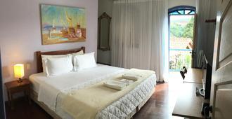 Abigail Conde - Ouro Preto - Bedroom