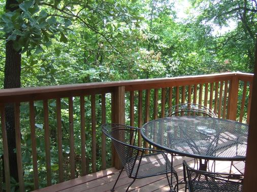 Westgate Branson Woods Resort And Cabins - Branson - Parveke