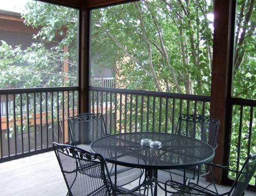 Westgate Branson Woods Resort And Cabins - Branson - Balcony