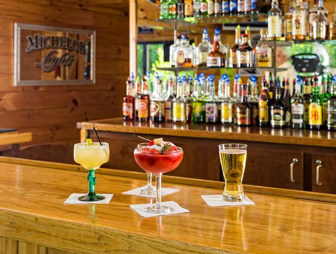 River Terrace Resort & Convention Center - Gatlinburg - Bar