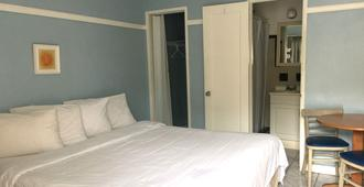 The St. Maurice Beach Inn - Hollywood - Camera da letto