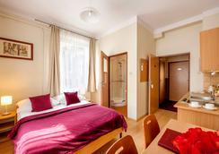 Maly Krakow Aparthotel - Krakow - Bedroom