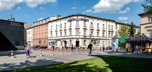 Station Aparthotel - Krakow - Building
