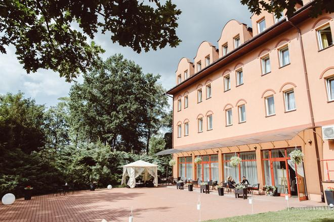 Garden Park Hotel - Wieliczka - Gebäude