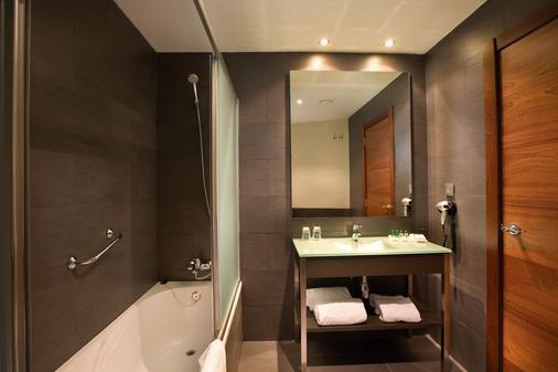 落谷羅諾方知酒店 - 洛格羅諾 - 洛格羅尼奧 - 浴室
