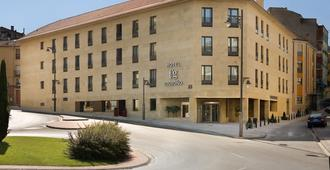 F&G Logroño Hotel - Logroño - Rakennus