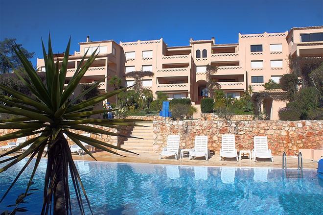 Apartamentos Turisticos Buganvilia - Lagos - Pool