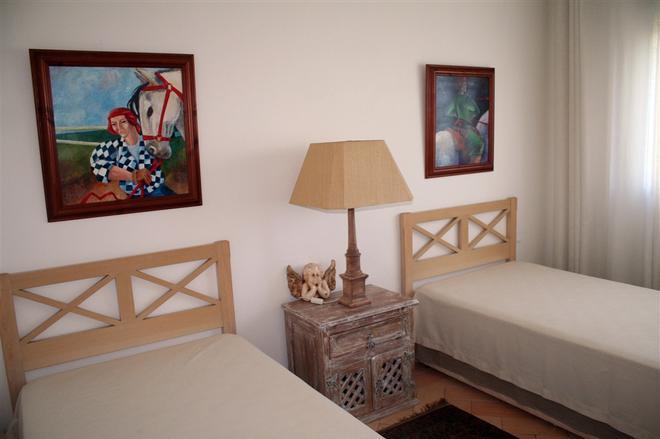 Apartamentos Turisticos Buganvilia - Lagos - Bedroom