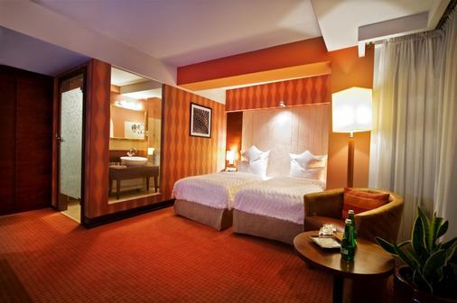 Grand Hotel Boutique - Rzeszów - Schlafzimmer