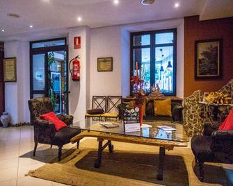 Hotel Rio Piedra - Nuevalos - Лоббі