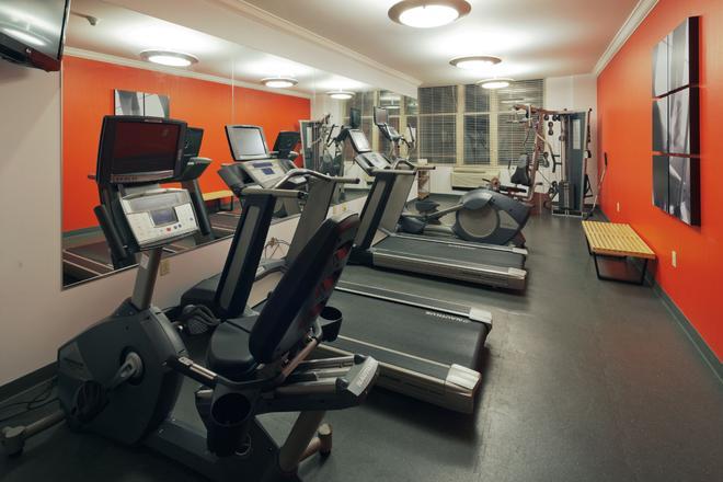 Hotel Cleveland Gateway - Cleveland - Gym