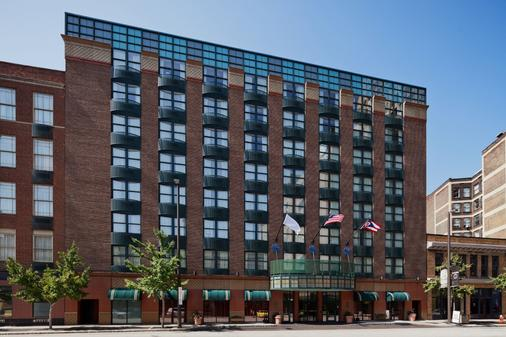 Hotel Cleveland Gateway - Cleveland - Building