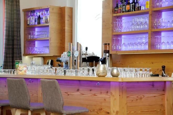 COOEE alpin Hotel Lungau - Zederhaus - Bar