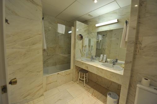 塞戈維亞之門酒店 - 拉拉斯特里利亞 - 塞哥維亞 - 浴室
