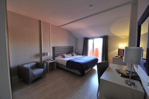 塞戈維亞之門酒店 - 拉拉斯特里利亞 - 塞哥維亞 - 臥室