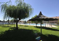 塞戈維亞之門酒店 - 拉拉斯特里利亞 - 塞哥維亞 - 游泳池