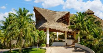 The Reef Coco Beach Resort - Playa del Carmen - Edificio