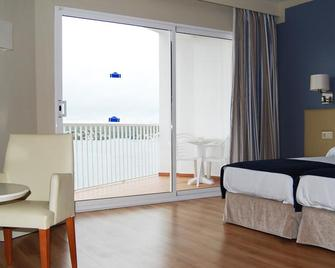 Hotel Agamenon - Эс-Кастель - Bedroom