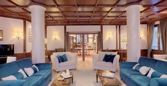 Grand Hôtel des Alpes - Chamonix - Stue