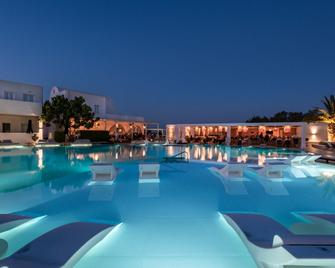 Imperial Med Resort & Spa - Thera - Pool