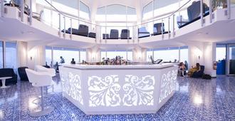 Grand Hotel Excelsior Amalfi - אמלפי - דלפק קבלה