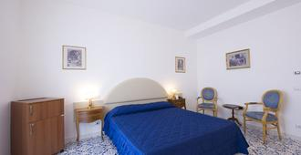 Grand Hotel Excelsior - Amalfi - Phòng ngủ