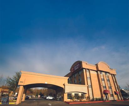 Clarion Hotel - Renton - Building