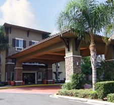 Comfort Inn and Suites Near Ontario Airport