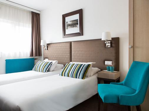 小歐洲酒店 - 里耳 - 里爾 - 臥室