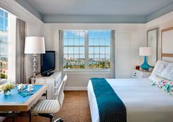 The Don Cesar - Saint Pete Beach - Bedroom