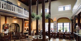The Historic Taos Inn - Taos - Patio