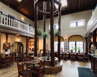 The Historic Taos Inn - Taos - Innenhof