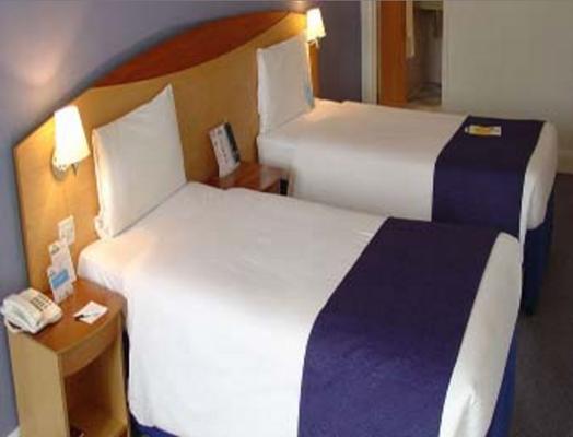 倫敦滑鐵盧戴斯旅館 - 倫敦 - 臥室